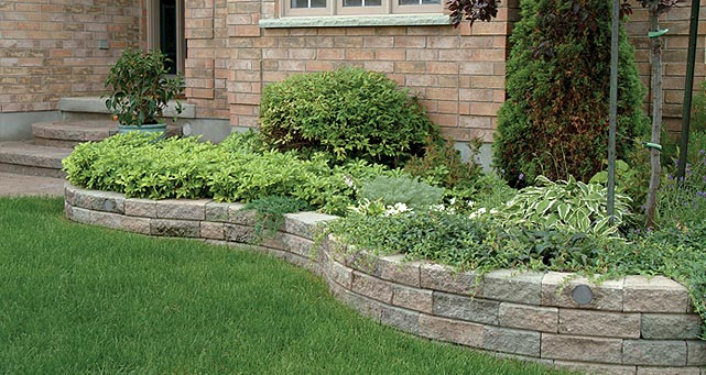 Retaining Wall Wedgestone And Wallstone